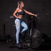 Legíny z kolekcie Warm Up skladom na @hipkins.sk . #praha #brno #dnessportujem #cvicimczsk #trening #motivacia #posilnovanie #fitnessoblecenie #sportoveleginy #sportoveoblecenie #hipkini #posilka #cviceni #czechfitnessgirl #yogaleggings #trening #fitnesslovakia #dnesnosim #fitnessclothes #fitko #leginy #ifbb #fitnessmodel